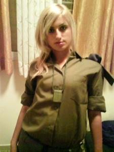 イスラエルの女兵士がエロ美少女すぎわろたwwww 私の38式も暴発寸前であります!!!!!