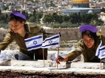 Israeli-soldier-girls-163-c